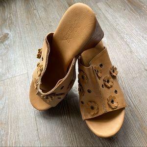 DOLCE by MOJOMOXY | Chunky Platform Sandal